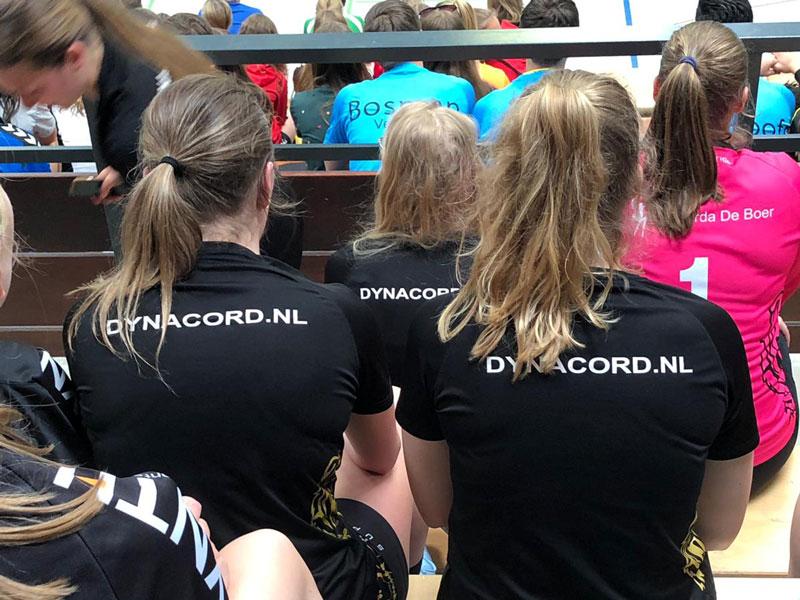 KMPA-sponsort-de-dames-van-Handbal-Aalsmeer